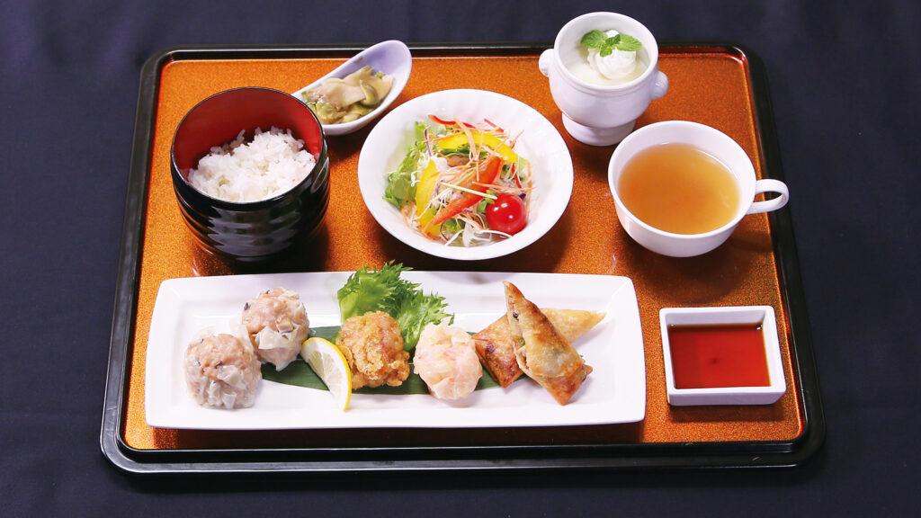 【響のお昼中華】焼売・春巻きセット
